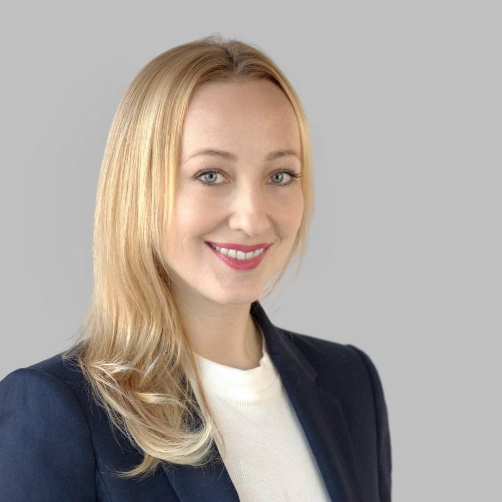 Анна Северинова